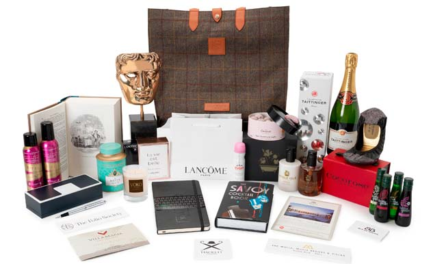 For a chance to win this BAFTA goodie bag, RT & follow @hellofashion_uk & @BAFTA! #HelloBAFTAs http://t.co/lf1aM1rL59 http://t.co/xvHnovb3am