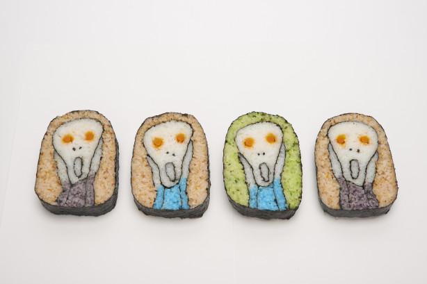 恵方巻はともかく、千葉県の郷土料理である太巻き祭り寿司は見た目もかわいいし、おいしい。kinarino.jp/cat4-%E3%82%B0… でも最後の巻き寿司アーティスト、たまちゃん こと清田貴代さんの巻き寿司は…なんか…ちょっと違…。 pic.twitter.com/93UXF0JL6j