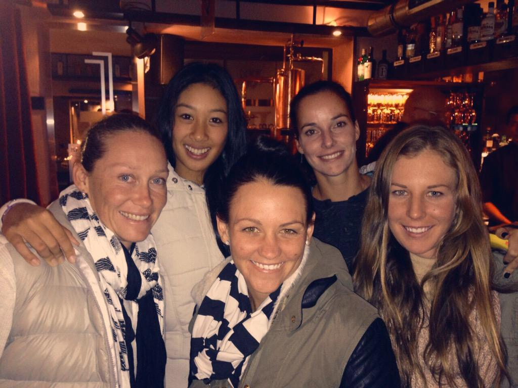Love my team @tennis_jarkag @caseydellacqua @pribo98 @bambamsam30 #GoAussies #FedCup2015 http://t.co/J28GViyGoc
