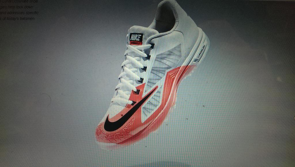 best service ffb87 46a5d New Nike cricket shoes wow!pic.twitter.com 6yzZph54R3