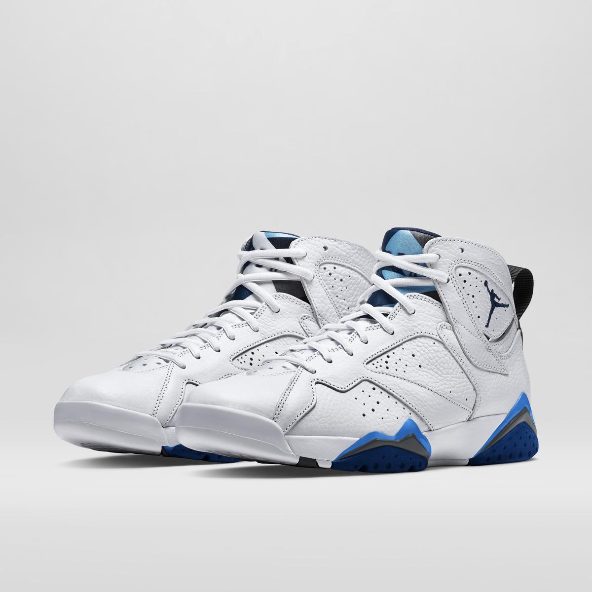 Sneakerheads! The Nike Air Jordan Retro