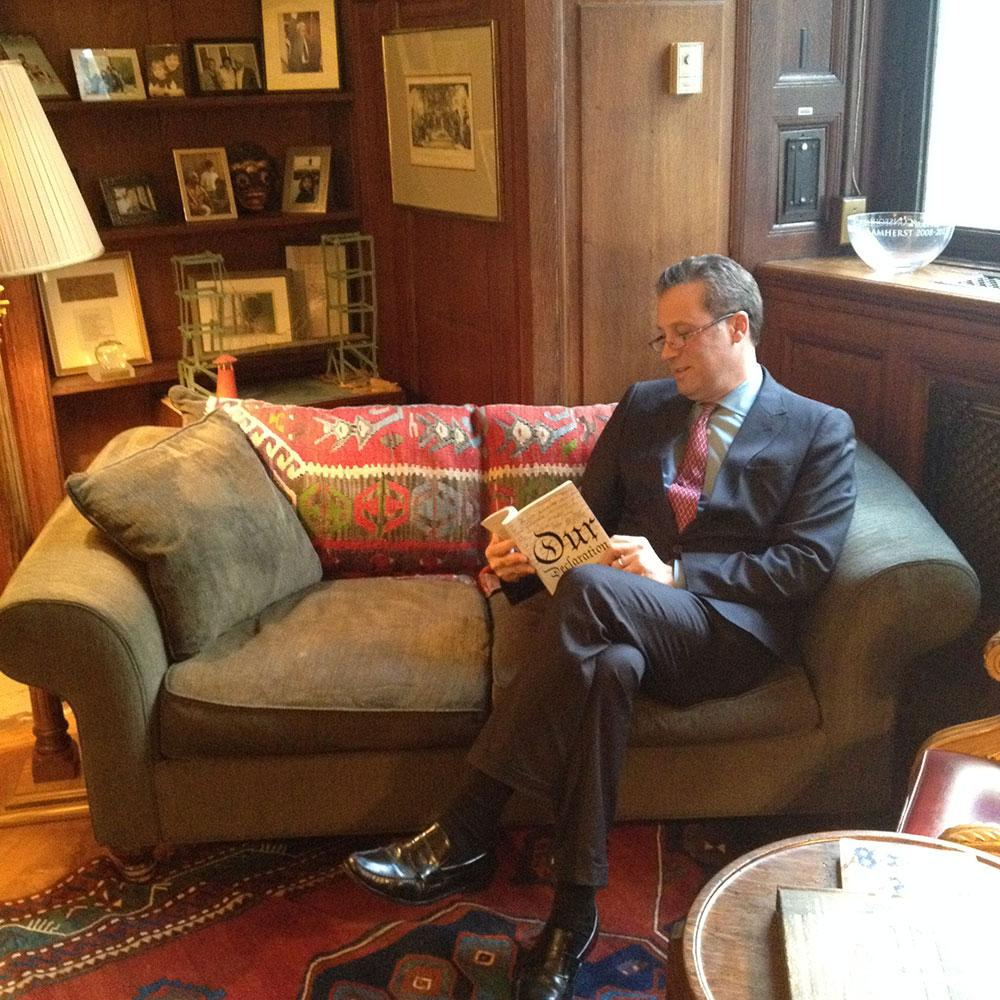 NYPL President Tony Marx always finds #timetoread! Join us for National Readathon day on 1/24! http://t.co/birH0665VK http://t.co/ZomG5Kldwc