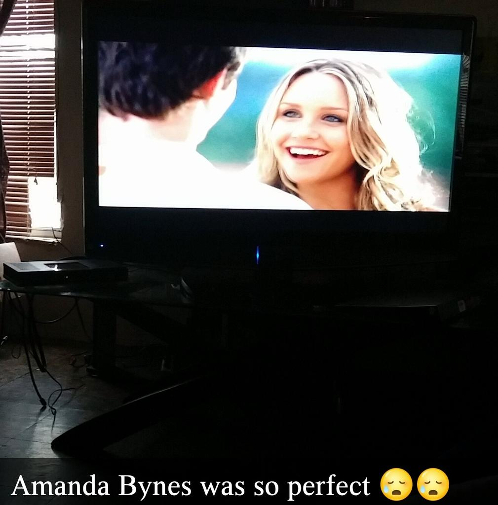 Amanda Bynes Sex Tape lovewreck hashtag on twitter