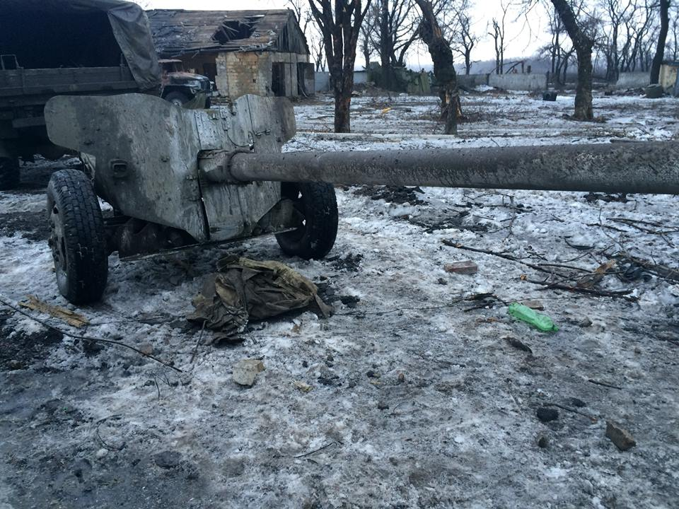 B8DyvhICYAA9R3W militia in the region of Donetsk suffered a major one-off loss