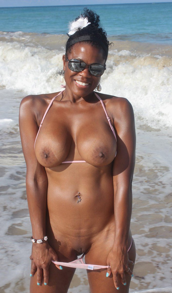 Ebony milf sites