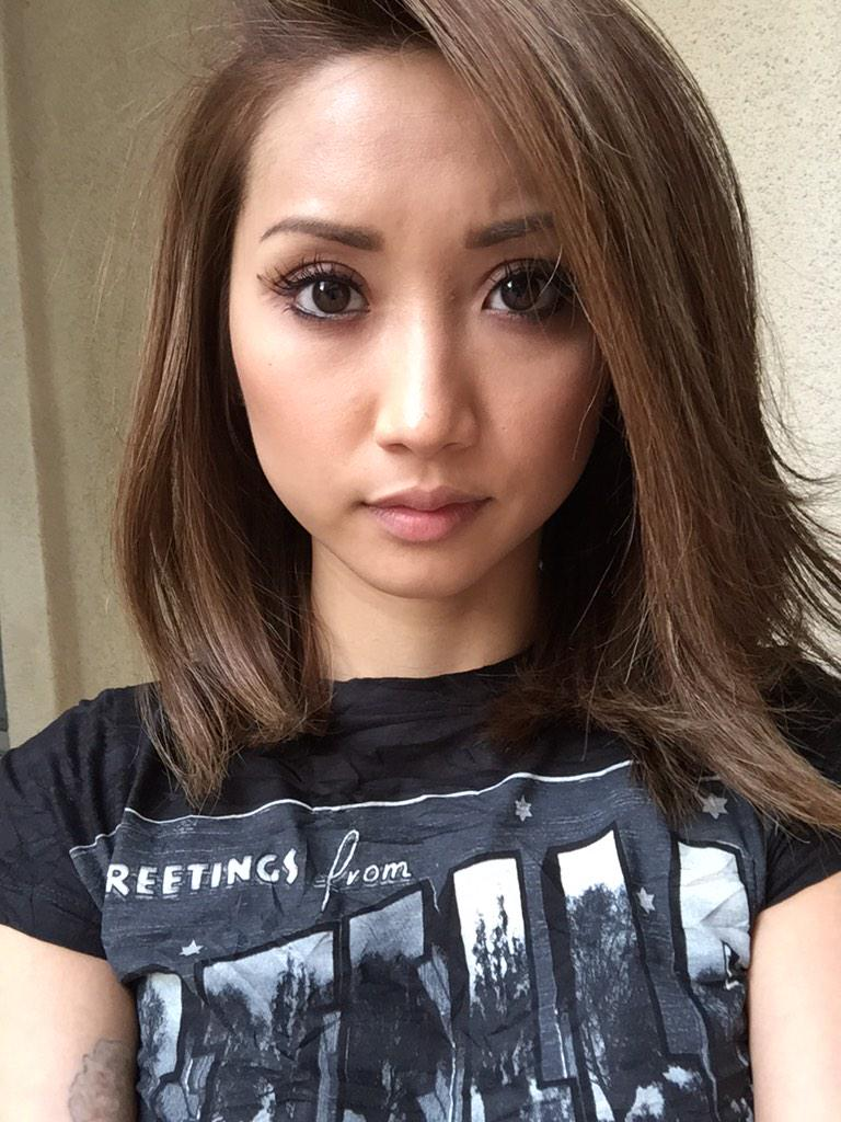 Brenda Song On Twitter I Cannot Take A Selfie For The Life Of Me Ha But I Just Chopped Off My Hair Love U Annalee Http T Co H0nhegs72w Http T Co 84d6nfturx
