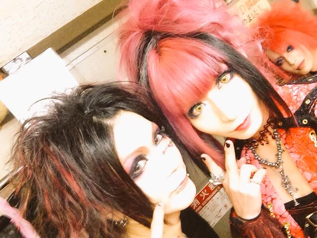 Synk;yet 唯依葉-yuiha- on Twit...