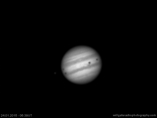 And there they are! The three shadows of Io, Callisto and Europa on Jupiter's disc. http://t.co/Cn8PqPuKXw