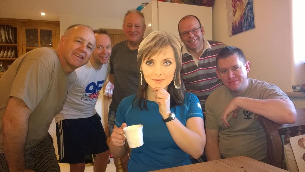 RT @ocnswing: Look who joined us for breakfast on our AT exercise in the peaks 💋 @carolvorders Now for the hills and some miles http://t.co…