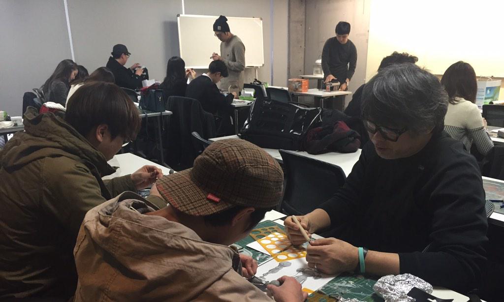 매주 토요일 상상마당에서는 <디자인 피규어 제작과정> 수업이 진행됩니다!  :-)  #상상마당아카데미 #상상마당 #피규어 #figure #coolrain #uptempo http://t.co/7AtgX85n90