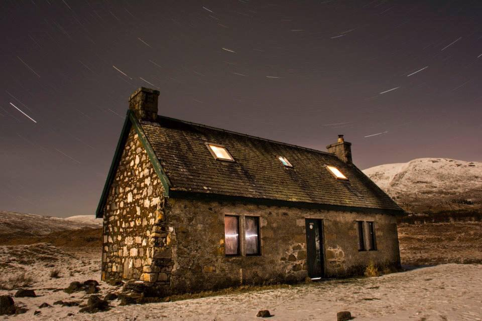 #LuibChonnalBothy This was taken a few weeks back by a friend at the dead of night on a delayed shutter. #Scotland http://t.co/cGfrOUzSha