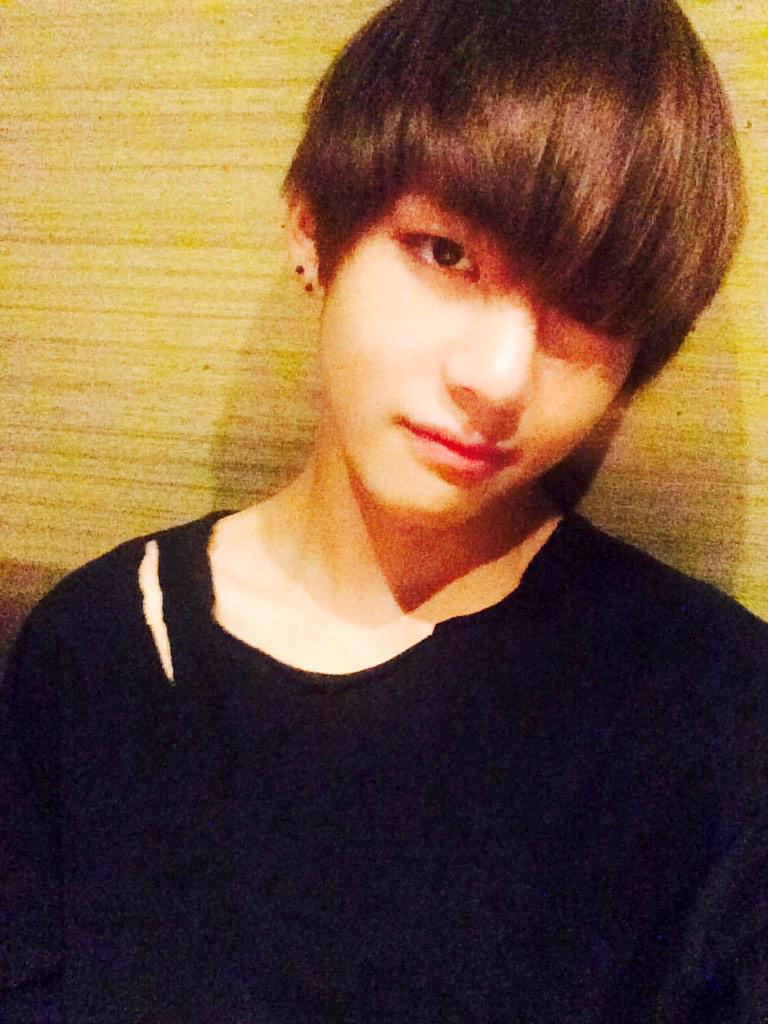 41 best Kim Taehyung  Selca images on Pinterest  Bts
