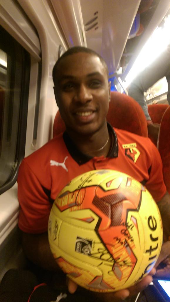 On the train home from Spurs and look who comes to sit opposite! @ighalojude 4 goals for @watfordfcsays #watfordfc http://t.co/7X1XXMJTKo