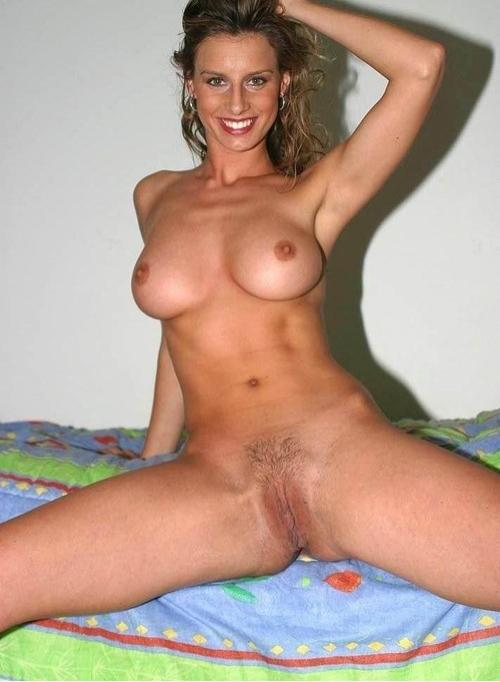 Sexy fit milf nude