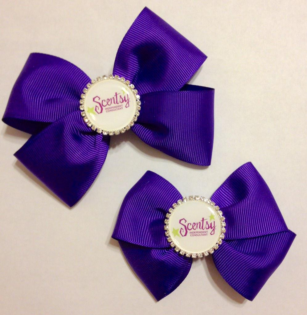 A great way to promote your business!! Custom requests always welcome :) #hairbows #kathyskreations @scentsy http://t.co/29F5ihwCGo