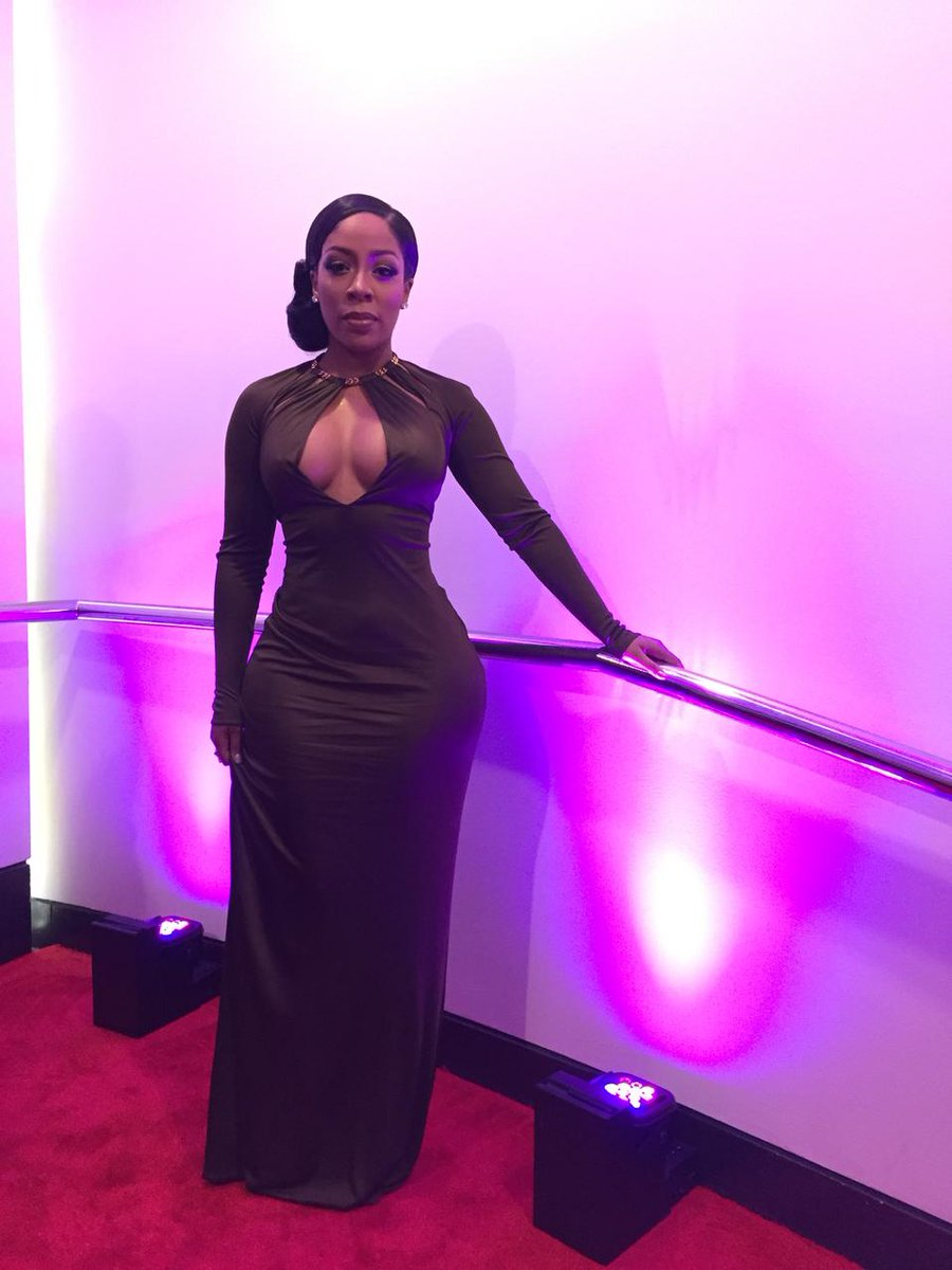 @kmichelle has arrived & will be performing tonight! #BETHonors http://t.co/m37Kye54oc