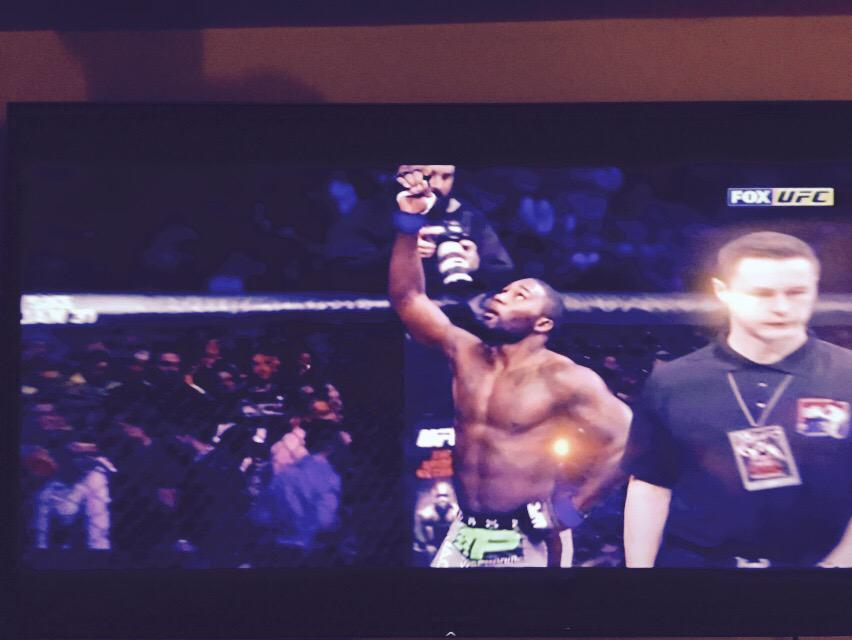 Biggest win of Anthony Rumble Johnson's career! #ufc http://t.co/SnIMl0FIje