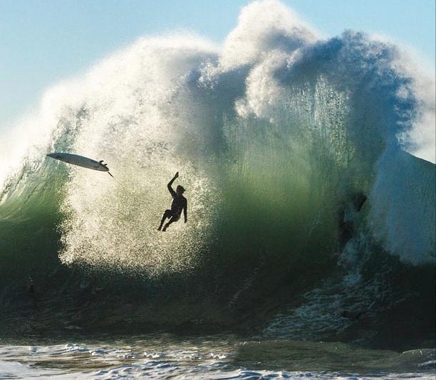 "dcb5174eac7 "" SurferLiving WIPEOUT  Crazy backwash dismount   Seal Beach.  http   surfingchannel.tv surf-photos  pic.twitter.com D1Zig5UGE4""  surf"