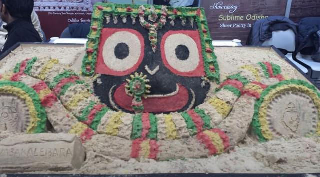 Beautiful sand art by @sudarsansand in @odisha_tourism stall in #NYTTS  Thnx to @arvindpadhee for getting us connectd http://t.co/yDgnkUd9U5