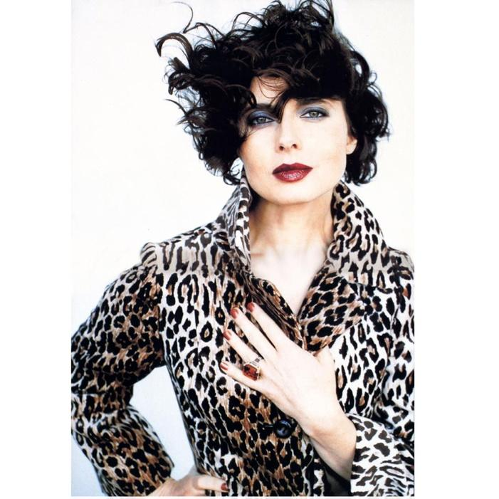 IMAN Ageless Chic look of the day #IsabellaRossellini http://t.co/w42IFSHA28 #Muses #ImanAgelessChic http://t.co/plHoLJZ0KT