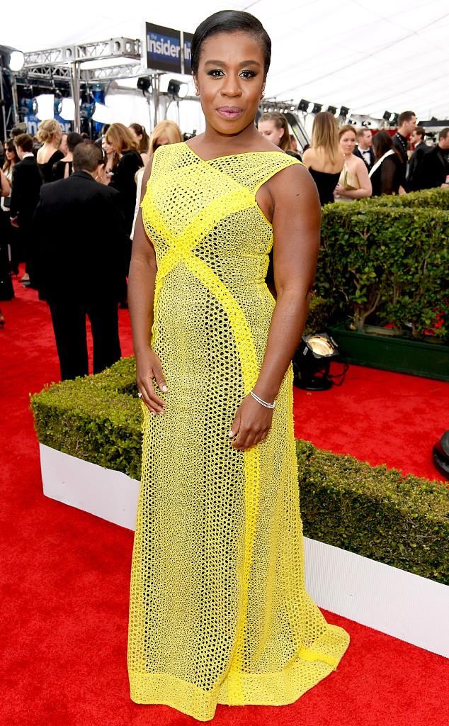 RT @eonline: Uzo Aduba brings a pop of color to the #ERedCarpet at the 2015 #SAGAwards: http://t.co/ydk9LMpr9Z http://t.co/ZJemVOofbF