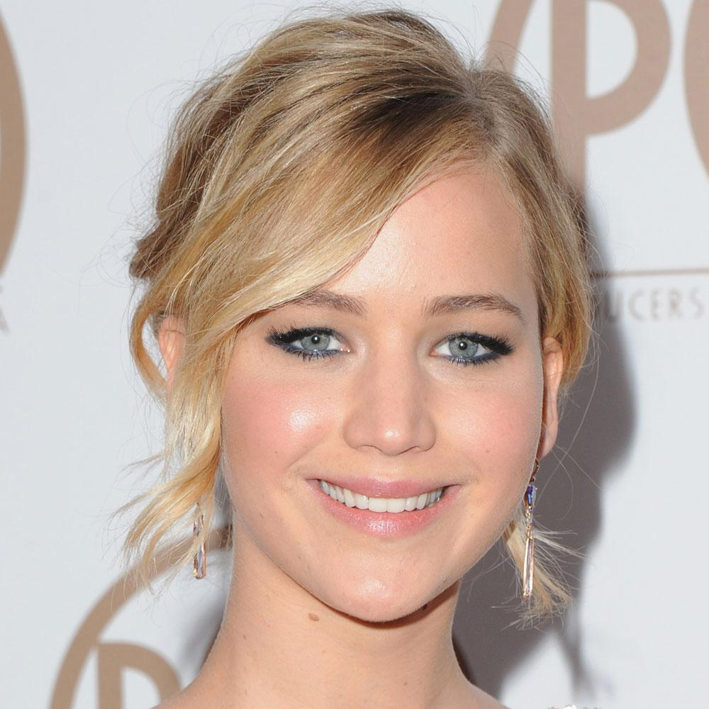 Jennifer LawrenceCOMPLETELY stole the show at last night's Producer's Guild Awards: http://t.co/Y4M1uBCkTN http://t.co/JdQSRviW8u
