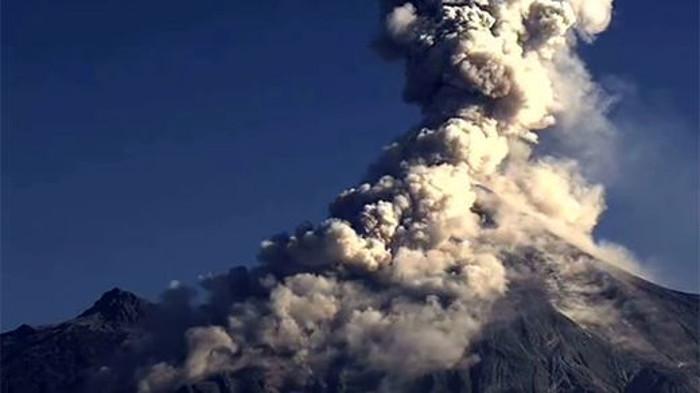 VIDEO Messico: nuova esplosione del Vulcano Colima