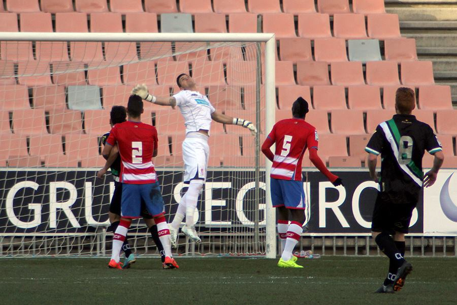 Stole in action for Granada B