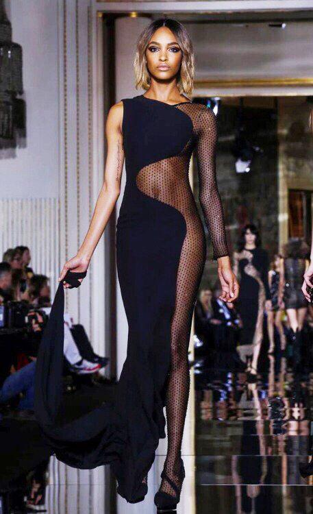Atelier Versace #CoutureFlow http://t.co/vjkrhoRfF6