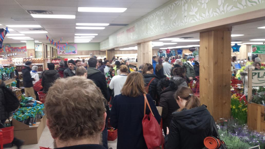 Came to trader Joes as a joke and somehow ended up on this massive pre-#blizzardof2015  line for dinner.  #yolo http://t.co/E8KHFX3DkF