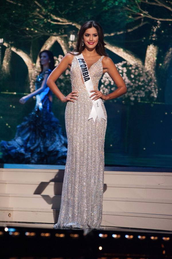 Miss Universo es Colombia, Paulina Vega. #MissUniverso #MissUniverse http://t.co/MbE9MtbCIe