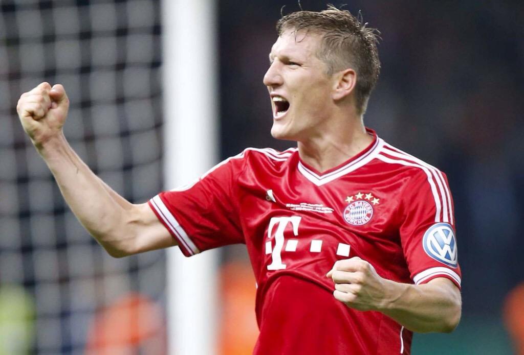 Schweinsteiger regresa con gol, el Bayern gana y queda a un punto del título