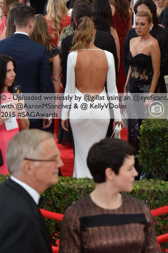 We may have a @JLo sighting!  #SAGredcarpet #SAGAwards @AaronMSanchez @KellyVDolan @gillat @TahoeRelay http://t.co/yx3VdvwX1H