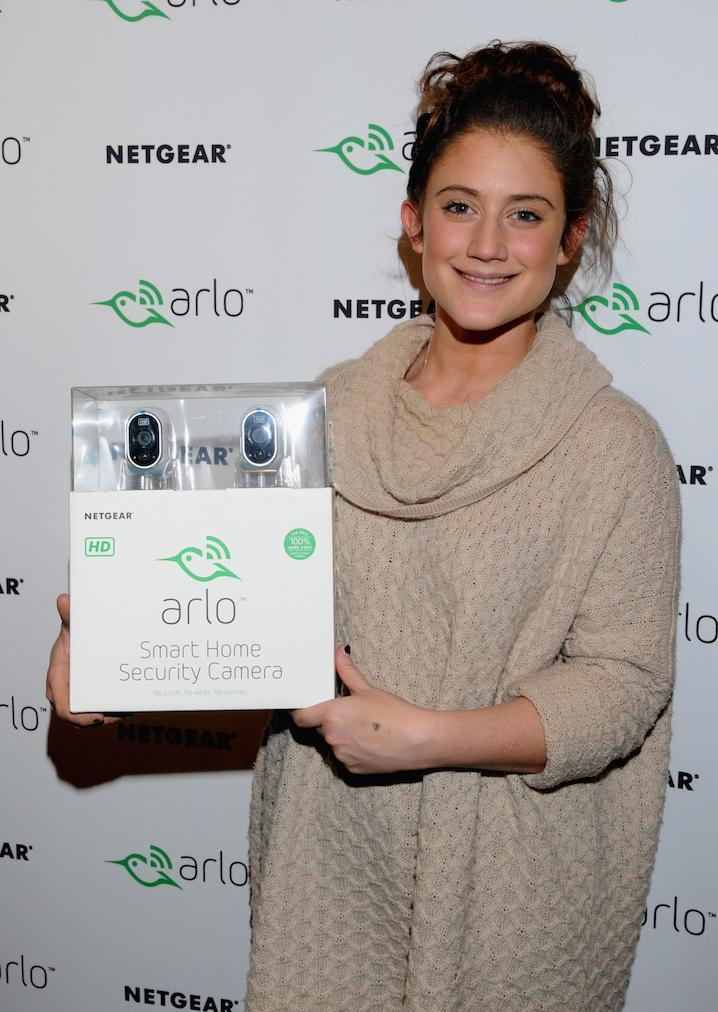 RT @ArloSmartHome: .@katiewaissel24 stopped by to say hi at #Sundance. http://t.co/5MR7P0RGRI