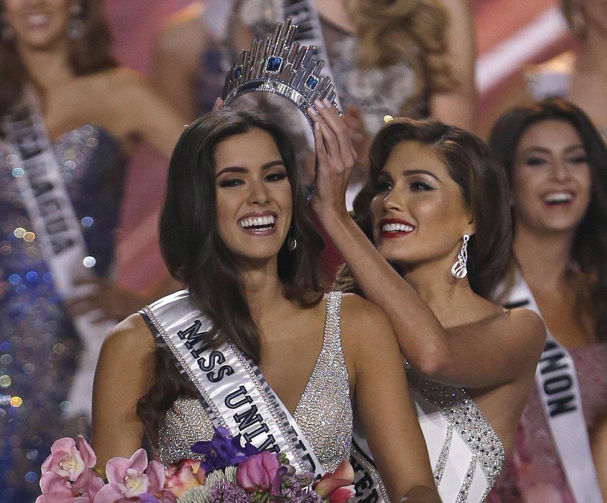 Miss Universo e' Paulina Vega (Colombia)