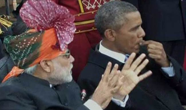 Crass Obama chews, spits out Nicorette gum in India