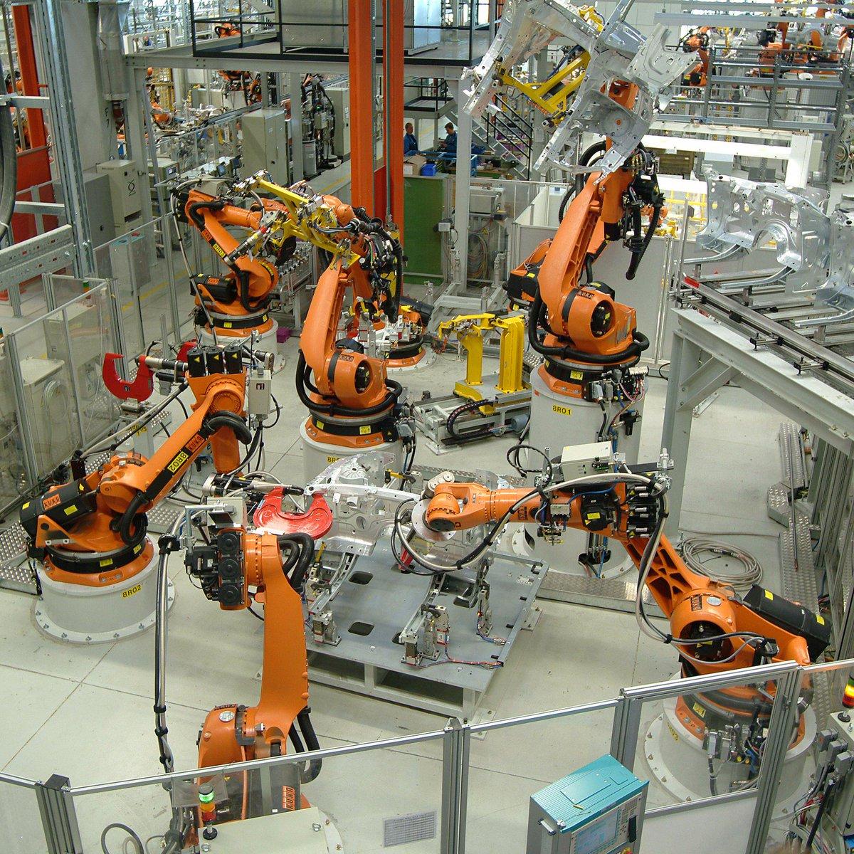 Kuka Uk On Twitter Rt Copadata Kuka Robot Zenon Plug In A