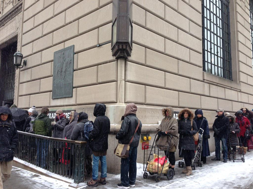 The line at the Trader Joe's on Court Street http://t.co/rdC1mvzgG8