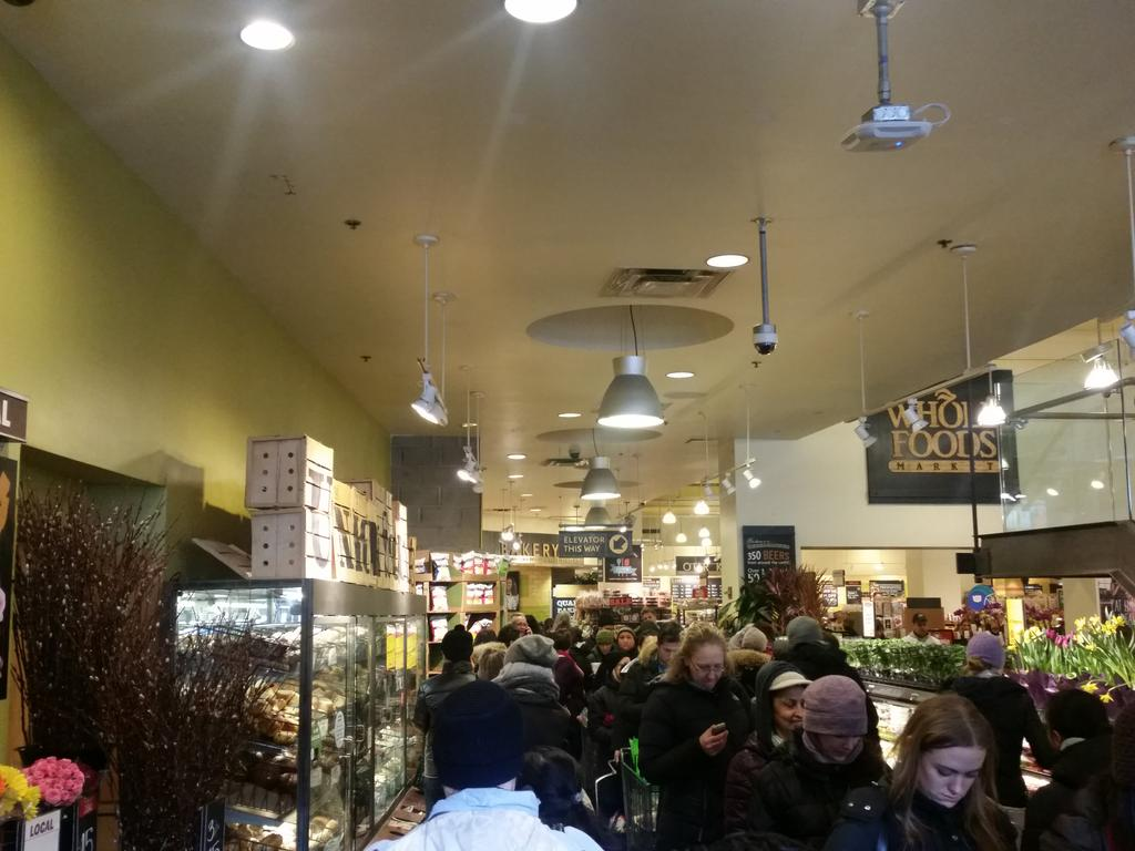 #blizzardof2015 the whole foods in Union Square is completely stocked but the line is pure insanity http://t.co/vzF1HElZB3