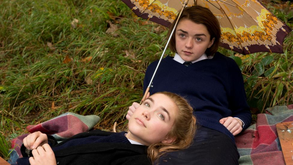 Catch the trailer for #TheFalling starring @Maisie_Williams http://t.co/d5HDKZoRk8 http://t.co/lpWPhoihru