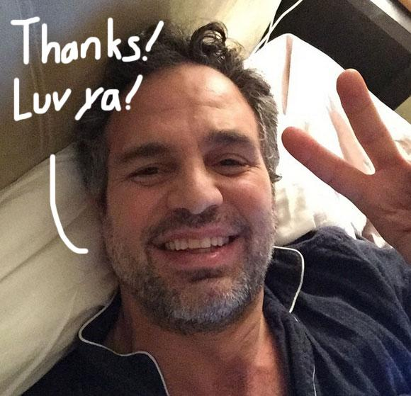 #MarkRuffalo accepts his #SAGAward from his own bed! http://t.co/Oi8BJNWs2y http://t.co/ZOWob7VfZQ