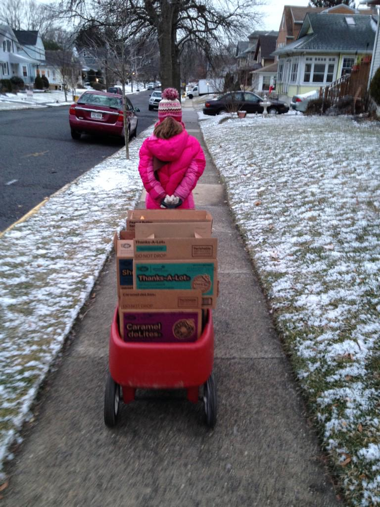 My daughter, the #sales prodigy, pounding the pavement with #girlscoutcookies ahead of #juno2015 http://t.co/1dAlYsh8Cr