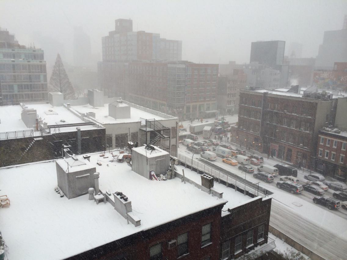 Snow in NYC, traffic jams on East Houston, Wholefoods has run out of guacamole #snowmageddon2015 http://t.co/DC7TESsIQZ