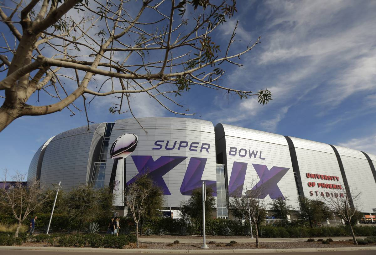 49 Super Bowl facts you Should Know Before Super Bowl XLIX http://t.co/yJZb4oKG16 http://t.co/Q0094e1DVE