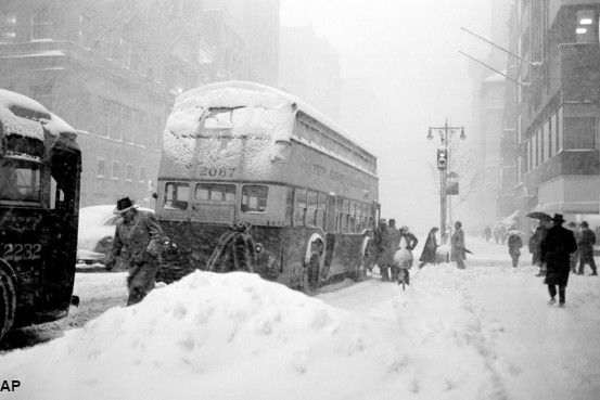 A 1947 snowstorm left 25 inches of snow in NYC