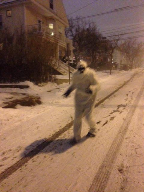 The Boston Yeti enjoying #blizzardof2015 #Snowmageddon2015 #juno2015 http://t.co/3uwTQ1gOZg