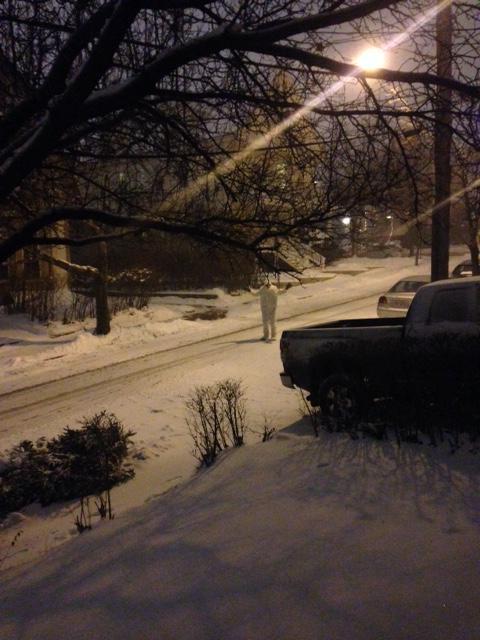 #BostonYeti2015 loves the snow, but wants everyone to be safe #blizzardof2015 #snowmageddon2015 #juno2015 #yetisafety http://t.co/BojgWimnSt