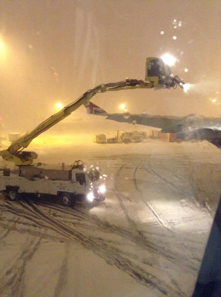 5h later still on #tarmac at #JFK #NewYork on #virginatlantic 2 #London being deiced for second time, time now 23:31 http://t.co/TketVYRaxE