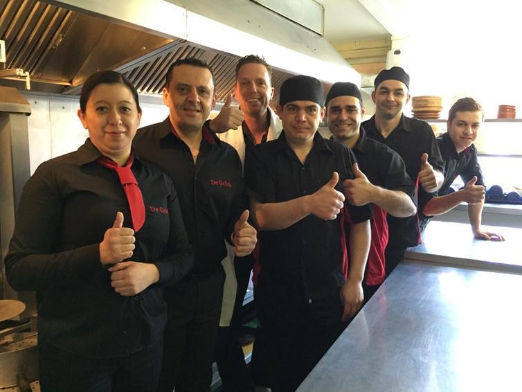 Was net in Katwijk bij De Griek! Hebben heel veel werk verzet, prachtige keuken geworden! Keurmerk meer dan verdiend! http://t.co/Mu1fiaBwwz