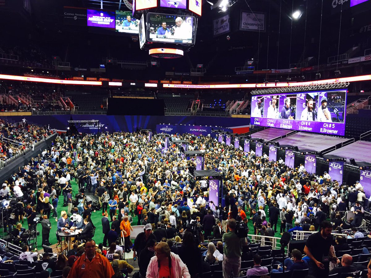 Turns out the Super Bowl is kind of a big deal. Huge crowds at media day. http://t.co/wbWPaYsGWR
